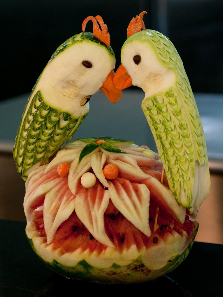 Разные поделки из фруктов или овощей